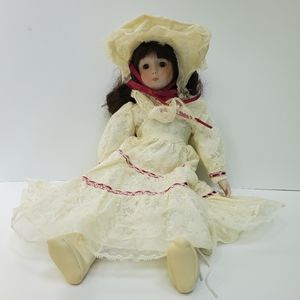 Vintage Heritage Victorian Doll,  Cream Lace Music